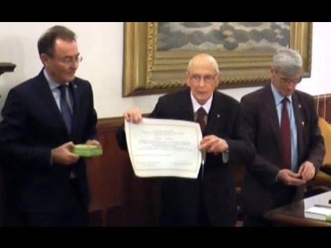Napoli - Giorgio Napolitano riceve Diploma Accademico (30.01.16)