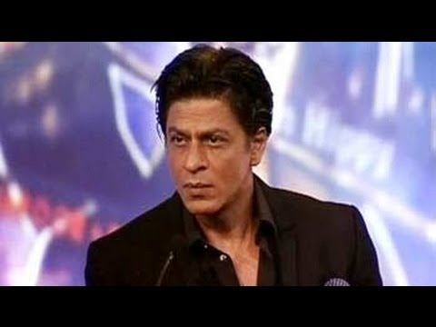 Every Indian Is Amitabh Bachchan In Egypt: Srk video