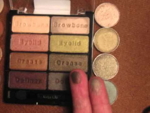 New Wet 'n Wild 8 Eyeshadow Palette & MAC dupes