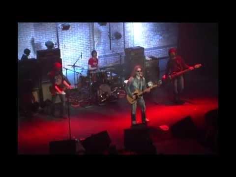 Pagliaro - J'entends Frapper (Live à Québec)