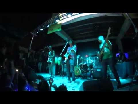 LEON BRUNO - BAÑO FEROMONAL - INDIE MUSIC FEST 2014