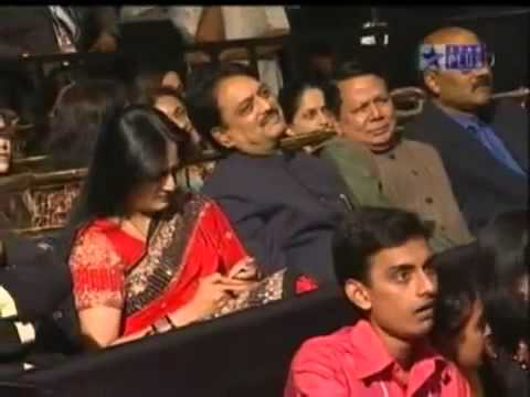 BEST OF RAJU SHRIVASTAV KISSING Minissha Lamba  FLIMFARE ALL...