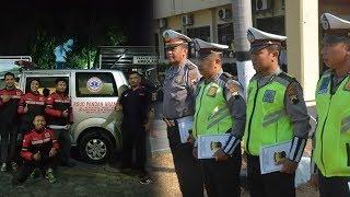 Viral 4 Anggota Polisi Hentikan Iring-iringan Presiden demi Utamakan Ambulans yang Bawa Pasien