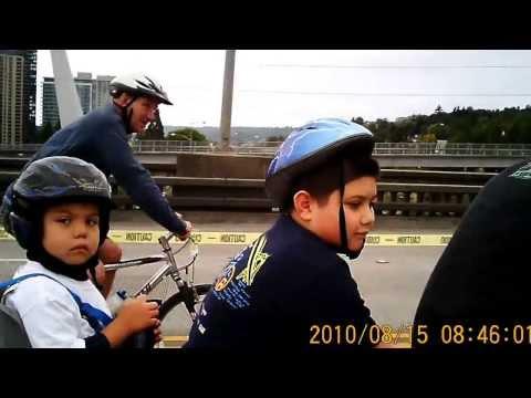 Antonio on the Ross Island Bridge