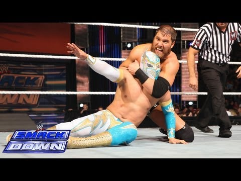 Sin Cara vs. Curtis Axel: SmackDown, May 24, 2013