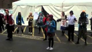 Yamacon 2013 - Awesome Dancing - Equius and Dave Homestuck