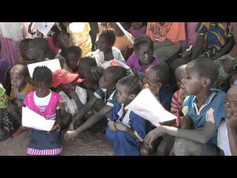 Gambia-Pinai:Tekeningen-voor-de-kinderen-van-Pinai