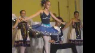 Apresentação da Alice no Ballet