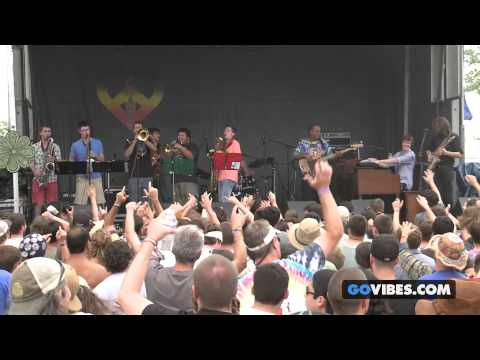 "McLovins perform ""Rappers Delight"" at Gathering of the Vibes Music Festival 2013"