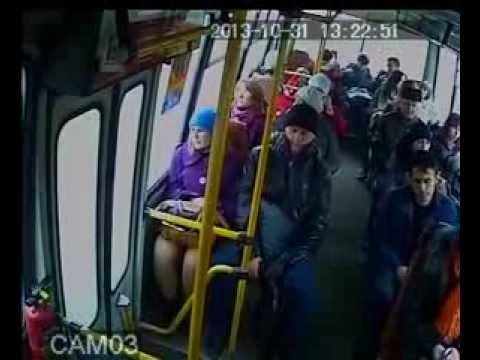 v-avtobuse-skritaya-kamera