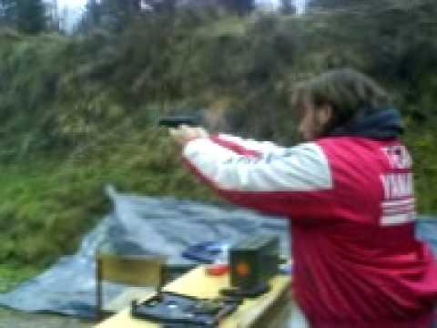 SHOOTING WITH A CRVENA ZASTAVA 7.65mm - Mod.70-ČEBELCA