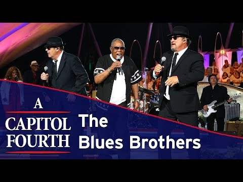 The Blues Brothers and Sam Moore Perform