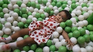 Seruuu....Mandi Bola Banyak Banget dan Naik Kuda Kudaan | A Lot of Ball Pit for Toddler (1,5 Tahun)