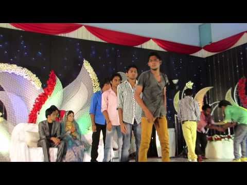 FOOTLOOSE FLASH MOB FOR A MARRIAGE - KERALA