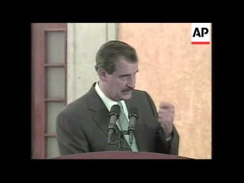 Mexican President meets U.S. media