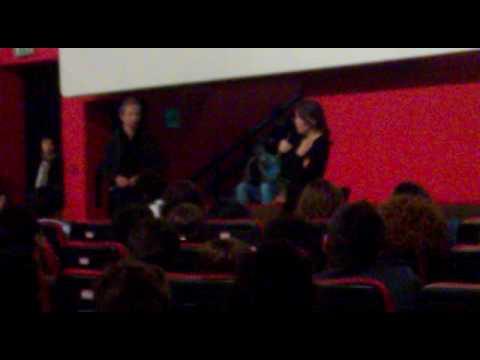 Sabina Guzzanti parla di DRAQUILA a Napoli 19/05/2010 cinema Modernissimo#3/3.mp4
