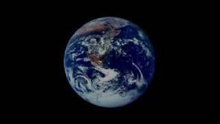 Watch Kris Kristofferson In The News video