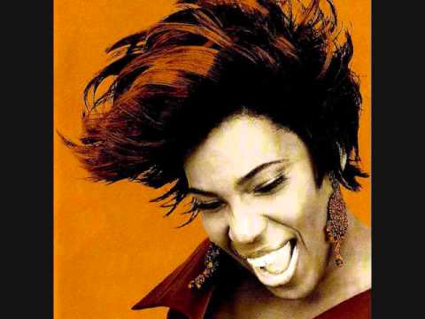 Macy Gray - Strange Behavior