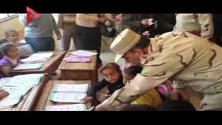 اللواء وحيد توفيق قائد المنطقة المركزية يزور مدارس الفيوم
