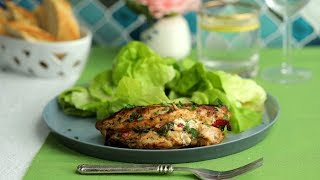Garlic Parmesan Spinach-Stuffed Chicken // Presented by Marie's Dressing