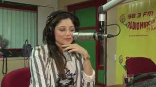 Kanika Kapoor talks about her struggle at the Mirchi Delhi studio with RJ Rohit