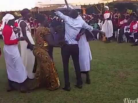 South Sudan Music: Yin ca leec mama by ALIJOMA MABIL