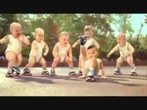 Anak kecil lagi dance