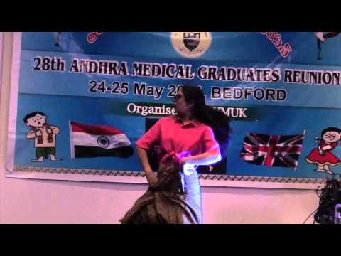 Lungi Dance by Hrudita Dhannapuneni from Chennai Express