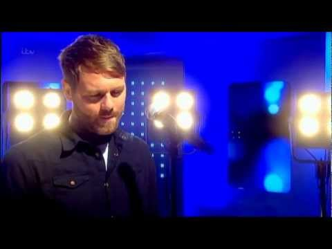 Brian McFadden - Nothing Compares to You (Live This Morning)
