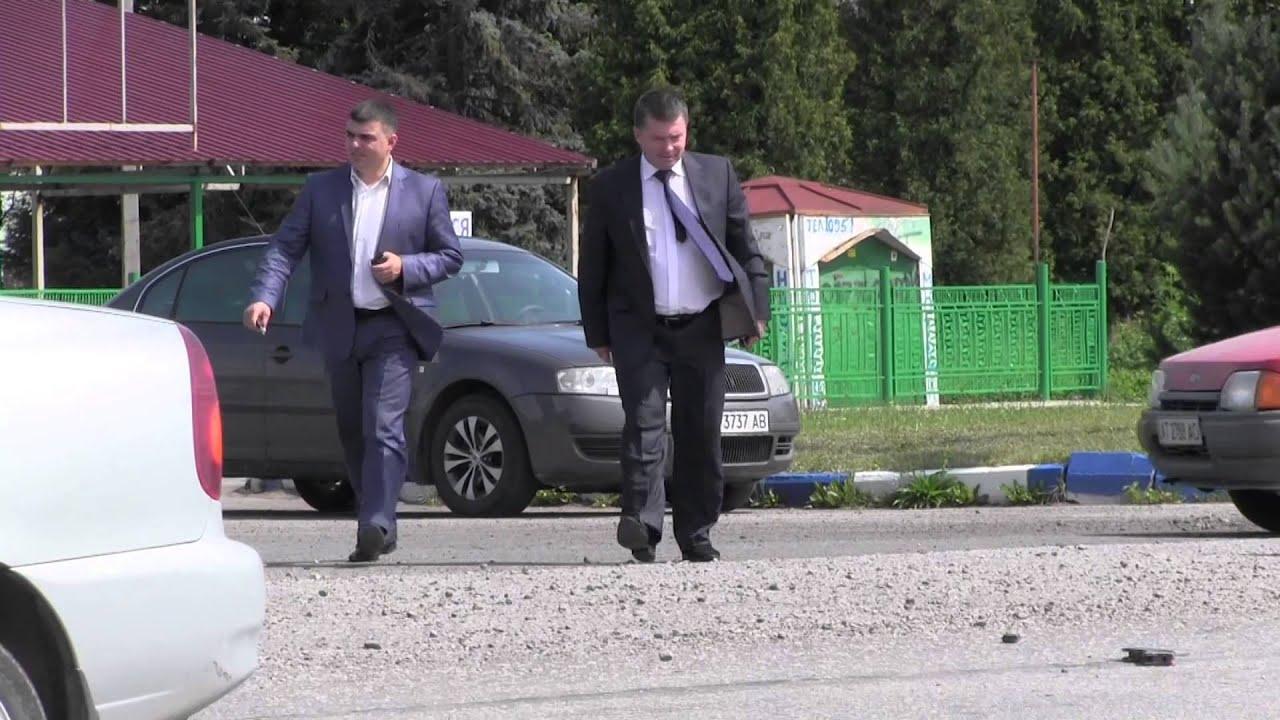 На місце ДТП у Калуші прибули начальник міліції та прокурор. У лікарні — четверо постраждалих