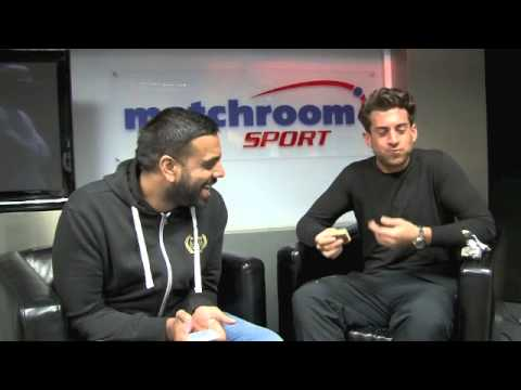 JAMES 'ARG' ARGENT SHOWS INCREDIBLE WEIGHT LOSS & TAKES THE 30-SECOND MUSCLE FOOD WAFER CHALLENGE!