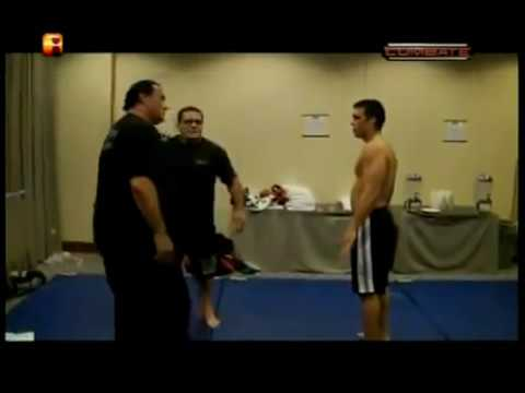 ‪Steven Seagal  Training with Lyoto Machida‏
