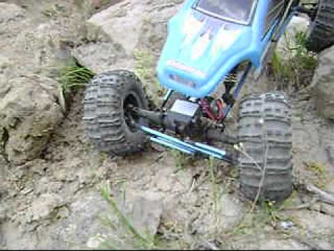 Mad Torque RC 1/8 Rock Crawler part 1
