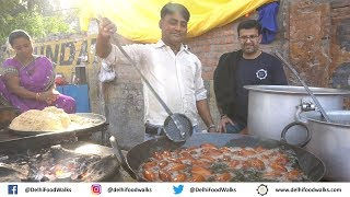 Allahabad Food Tour - Makhan ke ANDE - SAKODA (Spicy Pakoda) - Gulab Jamun (Allahabadi RASGULLA) 2/2