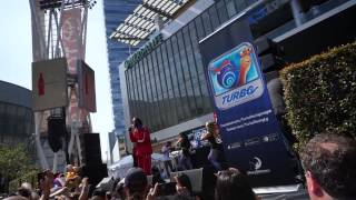 Snoop Dogg at E3 2013 (Turbo/Dreamworks) The Next Episode/Drop it like its hot