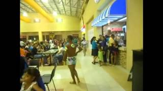 Pasarela Ambiental en Centro Plaza Occidente 24 06 12  REMIX
