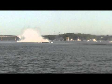 2014 Lake of the Ozarks Shootout Outerlimits crash