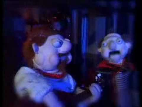 Podge And Rodge - Theres A Dead Man Up The Chimney