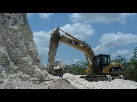 Mayan pyramid in Belize destroyed for road gravel