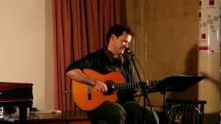 LLORÓ TODO EL MAR (Luis Guitarra en directo Valencia 2011)