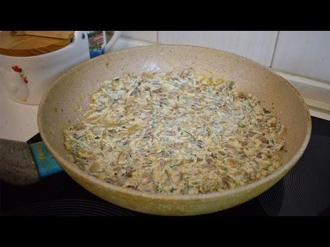 Шампиньоны в сливочном соусе / Как приготовить грибы
