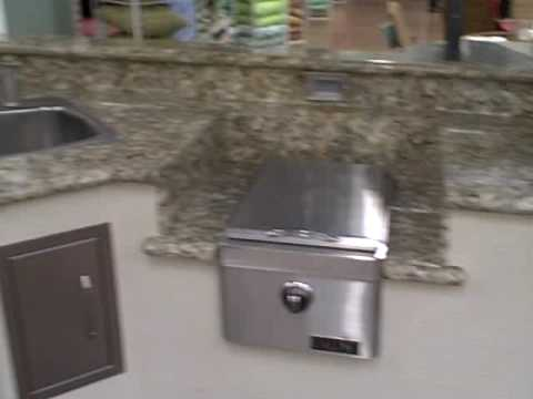 How To Build A Custom Outdoor Kitchen No Metal Studs Bbq Grill Island Fire Pit With Fire