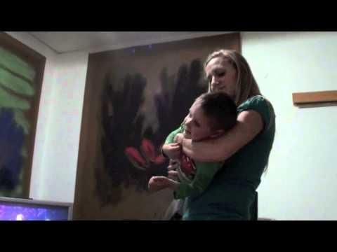 2012: Interpretazione di Emma Marrone Bambini Vlog BAMBINI DIVERTENTI VLOG