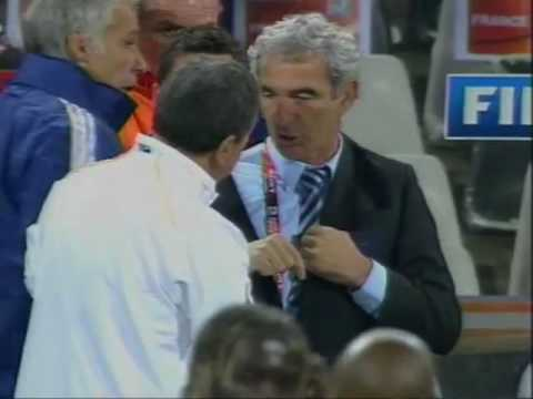 France's Raymond Domenech refuses to shake hands with South Africa's manager Carlos Alberto Parreira
