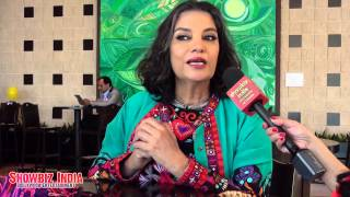 Shabana Azmi catches up with Reshma Dordi and her views on Women Roles in Indian Society!