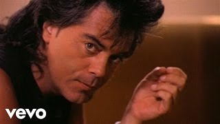 Watch Marty Stuart Thats What Loves About video
