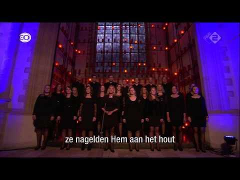Nederland zingt deel 1 koor en samenzang vanuit de grote of sint