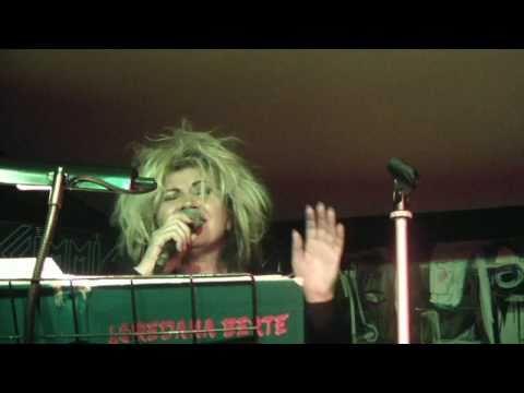 Aida Cooper – E non finisce mica il cielo (live 12/12/2010)