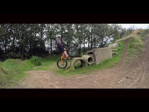 Today it was time to take out the fatbike for some Freestyle mountainbiking. Rick Koekoek is one of the best mountainbike Trials riders at this moment in the...