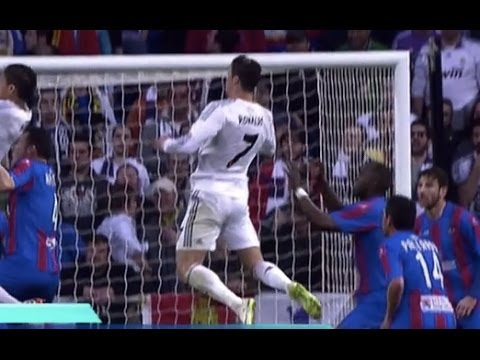 Gol CRISTIANO RONALDO - REAL MADRID 3-0 Levante
